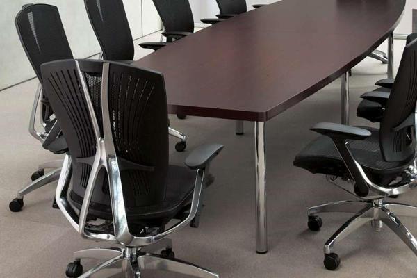 ■会議用テーブルはどこに置くもの? ~場所別分類 役員用会議室~